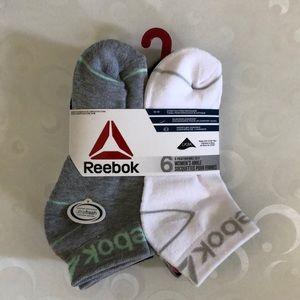 ❤️5/40❤️ Reebok socks